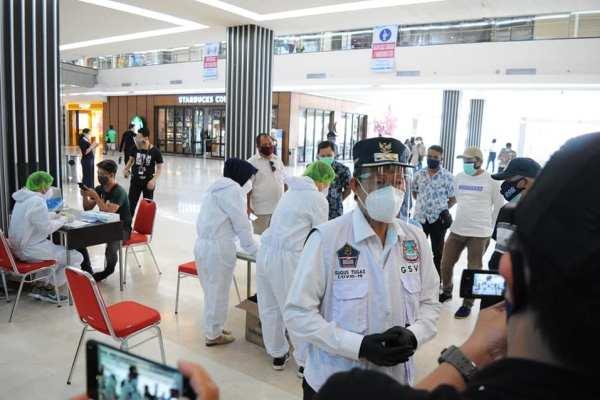 Persiapan Untuk Pembukaan Mall Tahap ke Tiga, Walikota GSVLPantau dan Ambil Sampel Rapid Test di Mantos, Mega Mall dan MTC