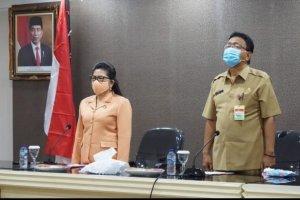 Sekdaprov Silangen Kukuhkan Pengurus DWP Kabupaten/Kota Masa Bakti 2019-2024