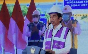 Presiden Jokowi Resmikan Tol Manado-Bitung Ruas Manado-Danowudu Sepanjang 26,35 Kilometer