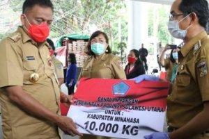 Bantuan Dinas Pangan, Gubernur Olly Salurkan 60 Ton Beras untuk Masyarakat Terdampak Pandemi Covid-19