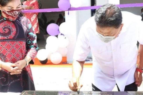 Gubernur Olly Resmikan Gedung Pascasarjana IAKN Manado
