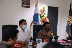 Dipimpin Menkopolhukam, Wagub Kandouw Ikuti Rakor Virtual Penegakan Protokol Covid-19 Pada Pilkada Serentak