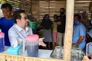 Santai Bareng Mor, Suasana Keakraban Warga Pulau Bunaken saat Ngopi Bersama