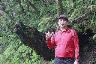Steven Kandouw Berhasil Taklukan Gunung Soputan