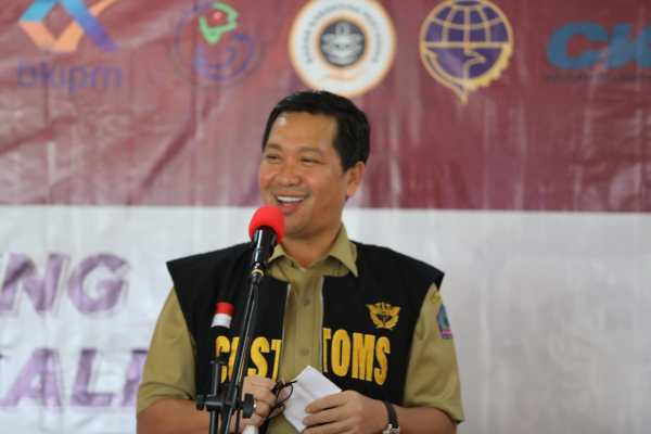 Terobosan di Tengah Pandemi, Wagub Kandouw Launching Direct Call Ekspor Perikanan Manado – Singapura