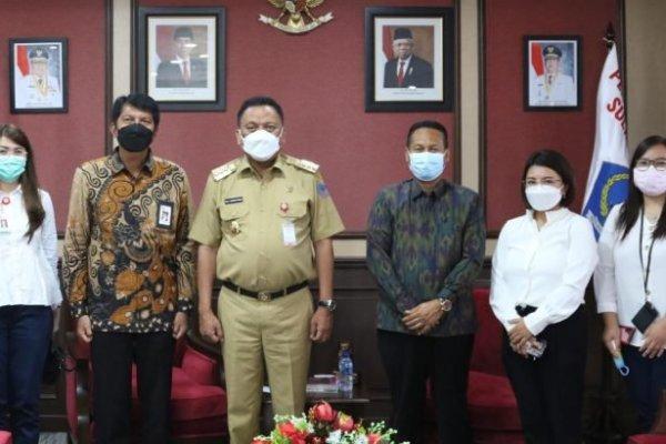Gubernur Olly Terima Audiensi OJK Sulutgomalut, Bahas Pembentukan TPAKD Kabupaten/Kota