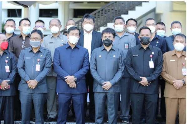 Kompak dan Senada, Pemprov Sulut – Pemkot Manado Bersatu Lewat Momen Upacara Harkitnas