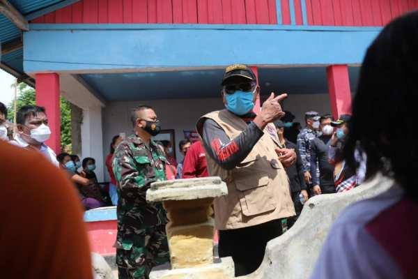 Serbuan Vaksinasi Covid-19; Gubernur Olly Bersama Forkopimda Kunjungi Kampung Bahari Nusantara di Desa Talise