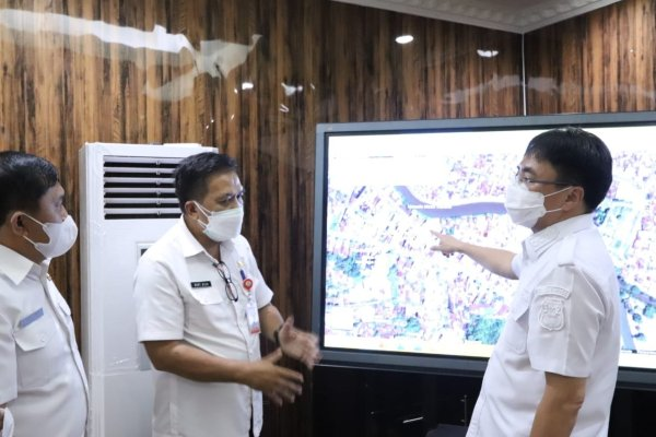 Walikota Angouw Bahas Pemukiman dan Pemetaan Sungai