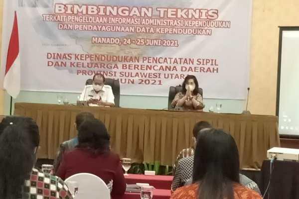 Bangun Database Administrasi Kependudukan, Dukcapil KB Sulut Lakukan BIMTEK untuk Kabupaten Kota