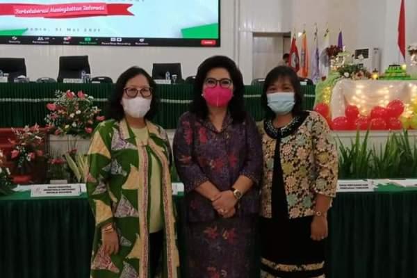 Sukseskan Program Vaksinasi, Ibu Rita Fasilitasi Mahasiswa Faperta Unsrat Divaksin