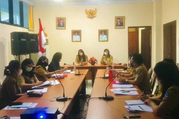 Optimalkan Program ODSK dr Devi Pimpin Rapat Kerja DP3A
