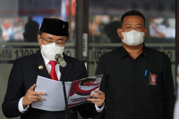 Walikota Manado Mengukuhkan Paskibraka