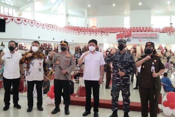 Walikota Angouw dan Forkopimda Cek Vaksinasi di Unsrat