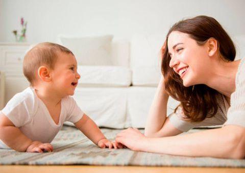 La actividad neuronal de los bebés se sincroniza con las predicciones de sus madres