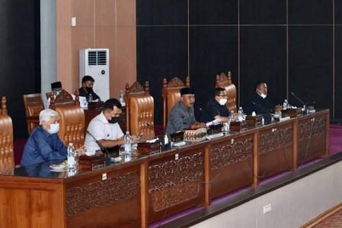 Bupati Dharmasraya Sampaikan LKPj 2020 Dalam Rapat PARIPURNA DPRD