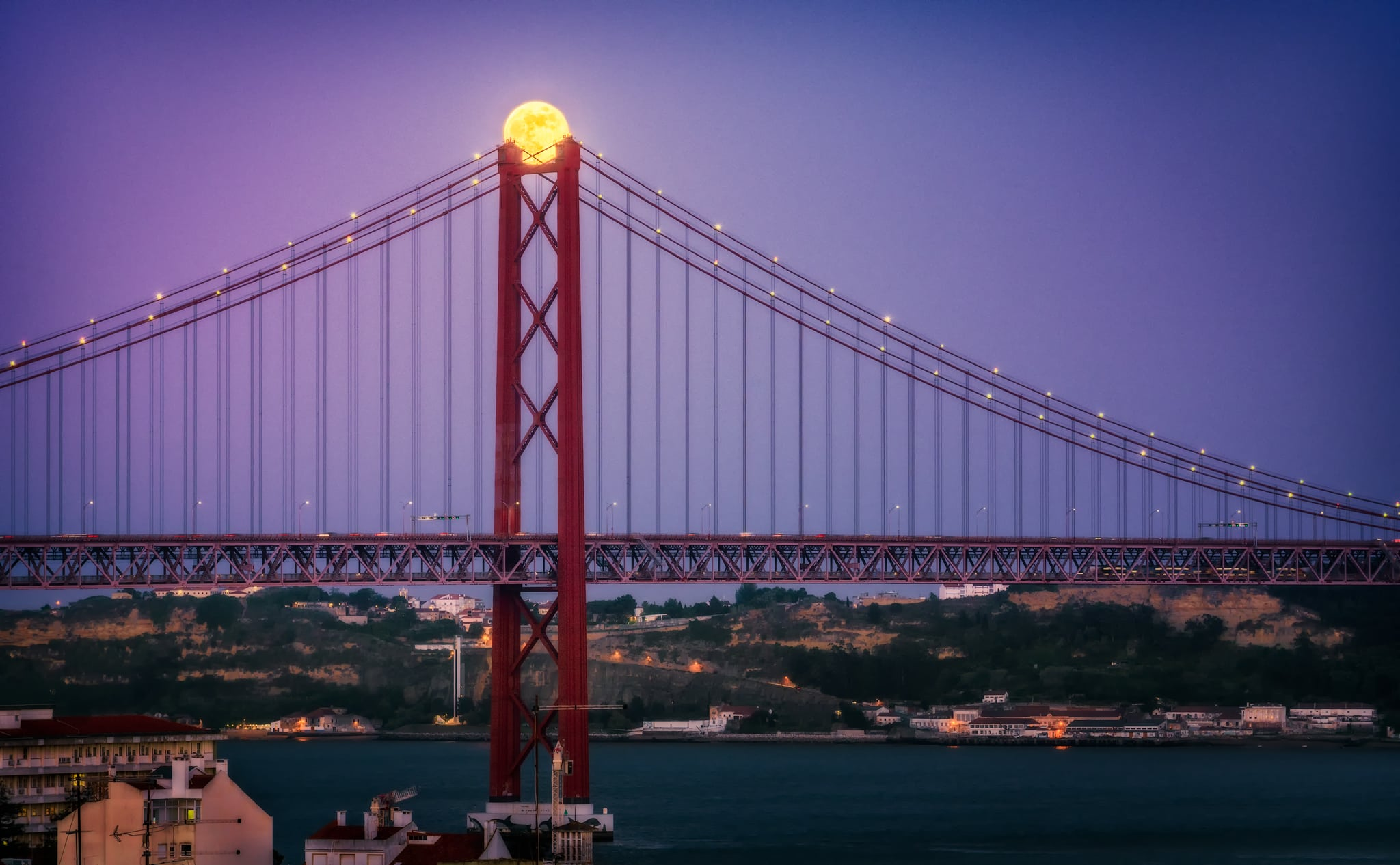 Super moon over Lisbon |  Portugal