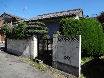 埼玉県秩父郡 生活に便利な市街地にある平屋 890万円