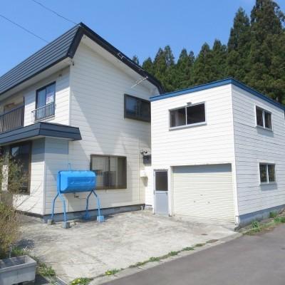北海道上磯郡木古内町の別荘&田舎物件 津軽海峡を望む2階建て 4LDK 80万円