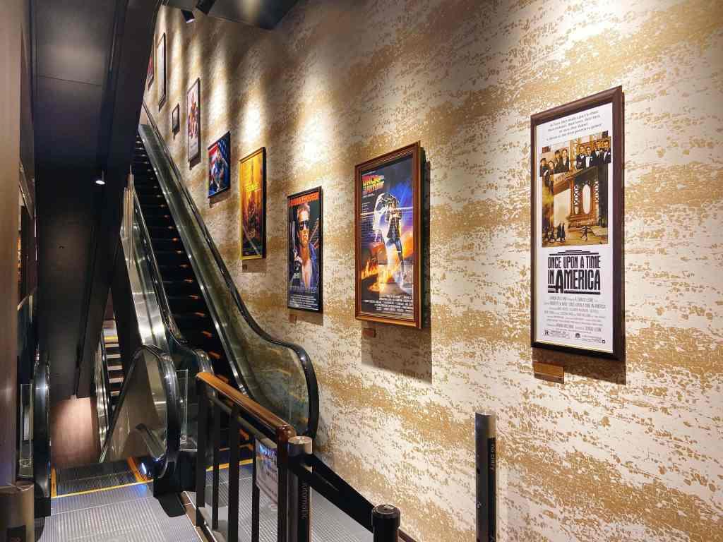 ikebukuro_movie theater_escalator