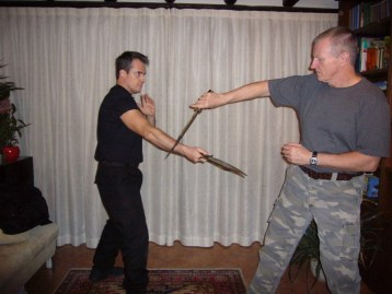 hock-hochheinem-knife-fighting-knife-combat-combatives-cqc-h2h-3