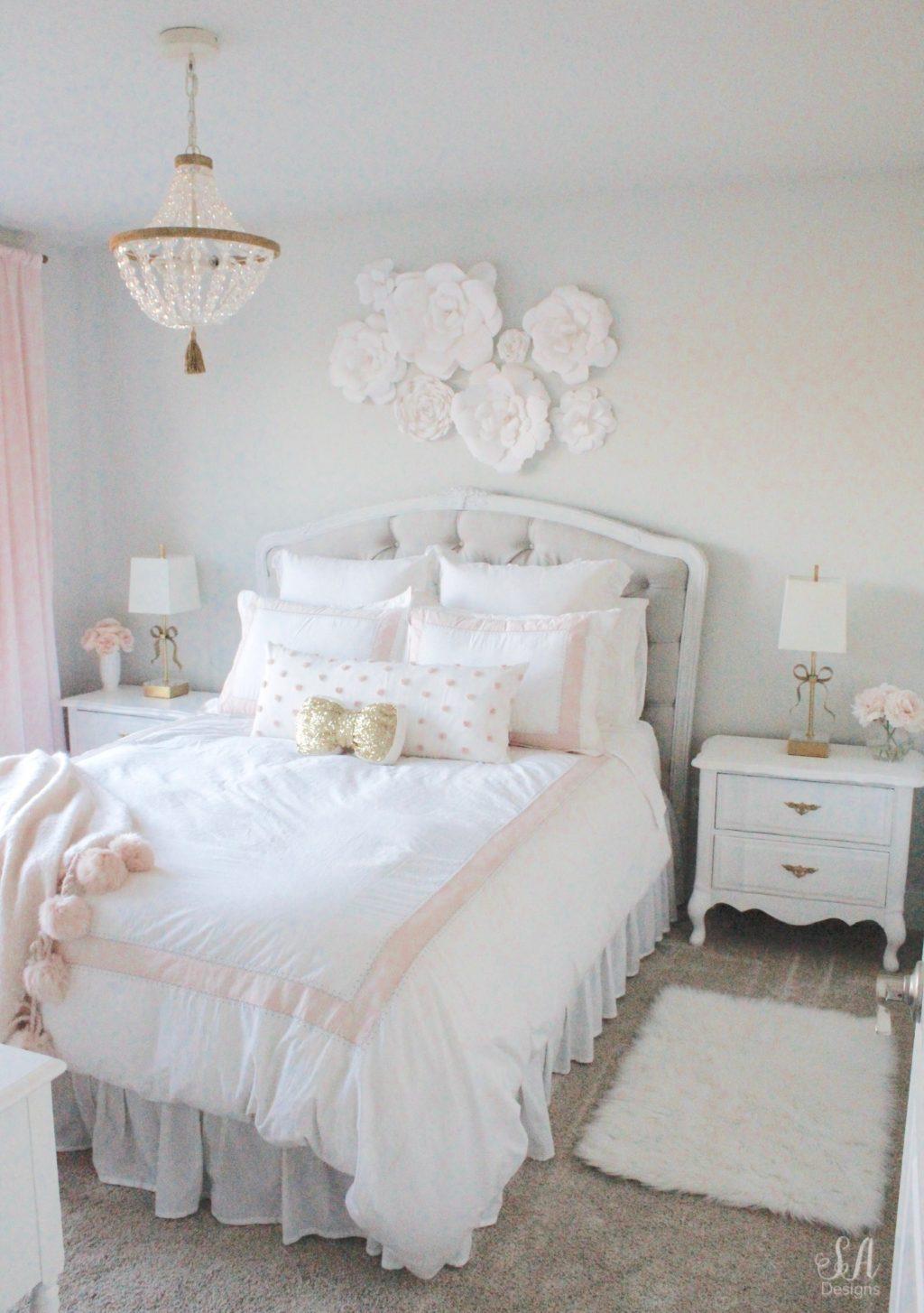 Tween Girl's Bedroom in Blush Gold & Grey - Summer Adams on Bedroom Models  id=62141