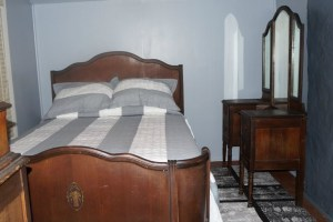 Antique Bedroom Furniture Sleigh Bed