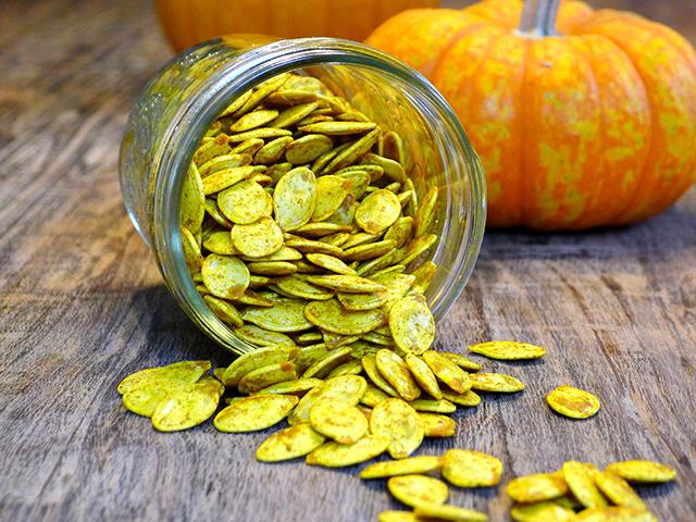 turmeric pumpkin seeds