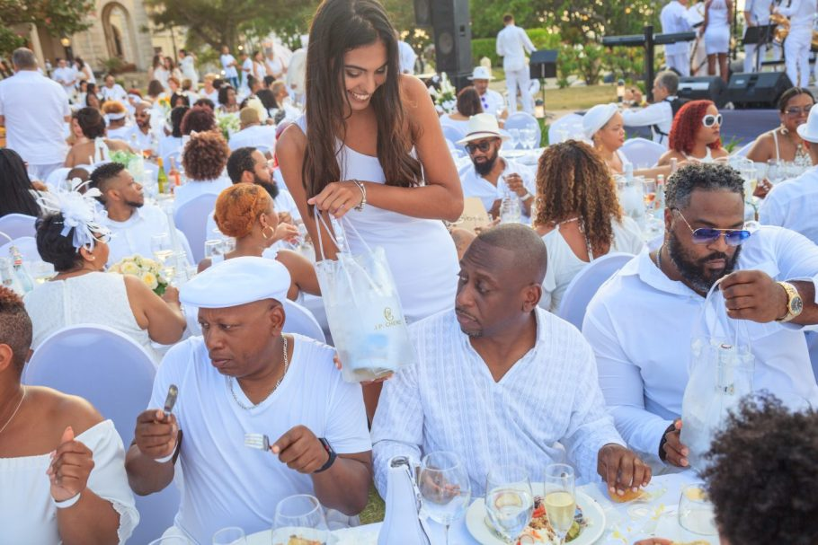 Diner en Blanc Havana Gallery
