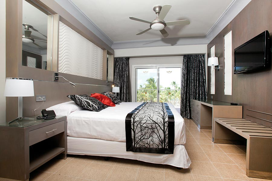 room-suite-riu-palace-macao_tcm55-229607