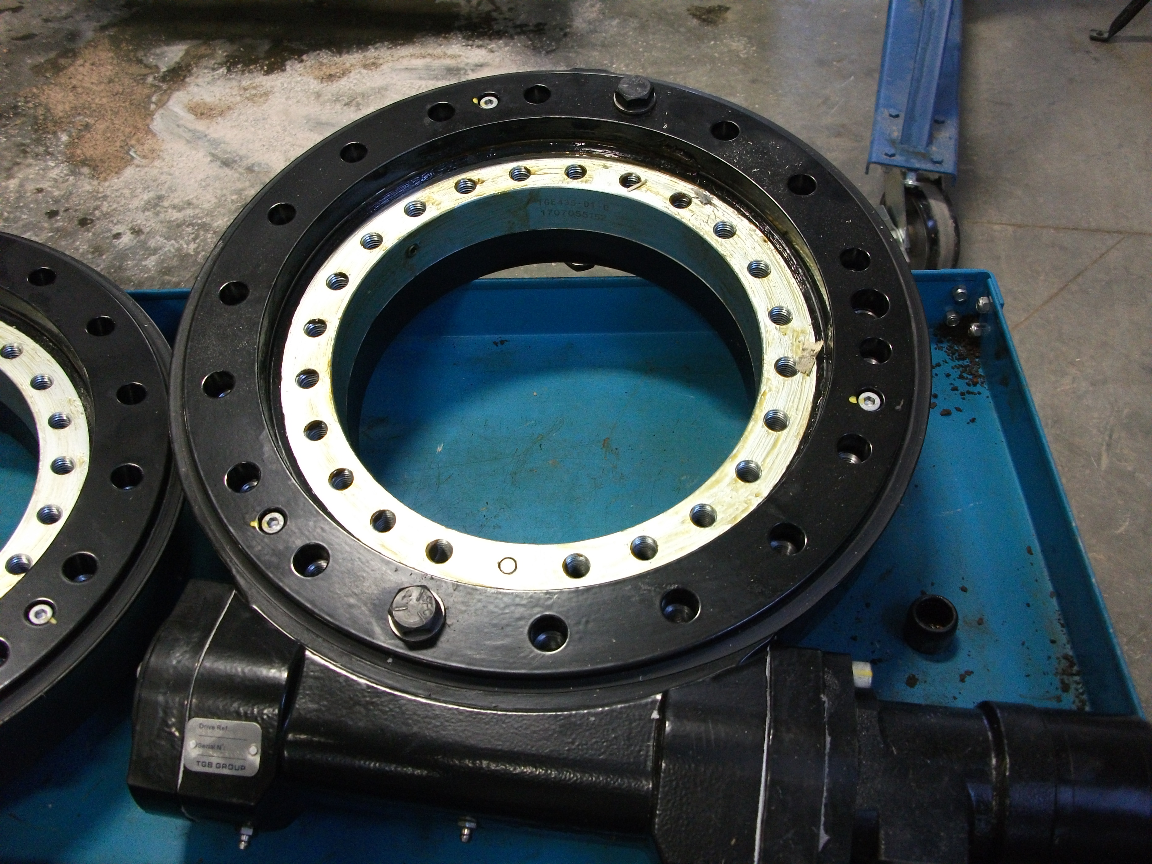 Slew Bearing (Rival)