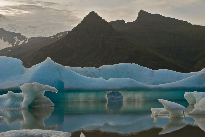 The glacial lagoon at Jökulsárlón.