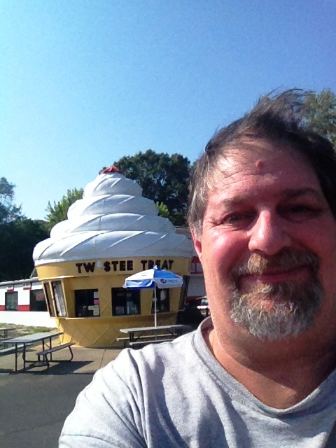 "And how about some Ice Cream with that ""Route Beer""... in Peoria, IL"