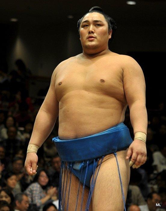 El Maegashira Okinoumi continúa siendo la gran sorpresa de este Aki Basho (Foto: Martina Lunau)
