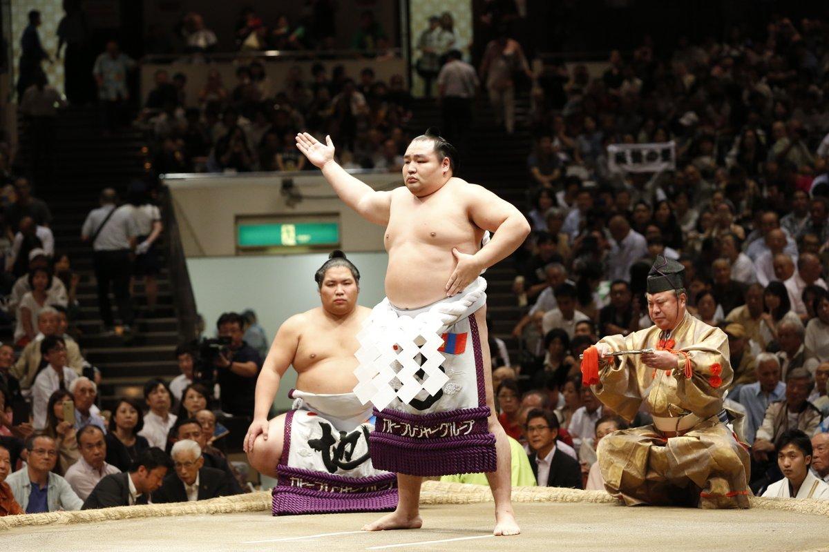 Aki 2018, día 13 - Kakuryu se despide de un torneo que casi acaricia Hakuho