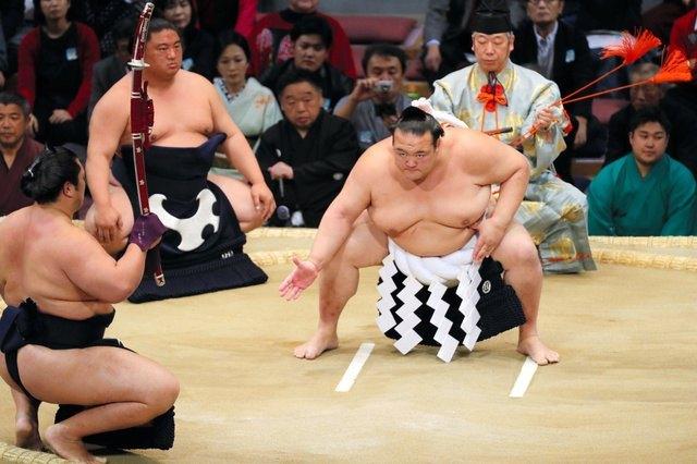 Kyushu 2018, día 5 - Kisenosato abandona el torneo de Fukuoka