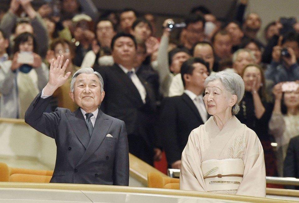 Hatsu 2019, día 8 - Los Emperadores de Japón se despiden del sumo