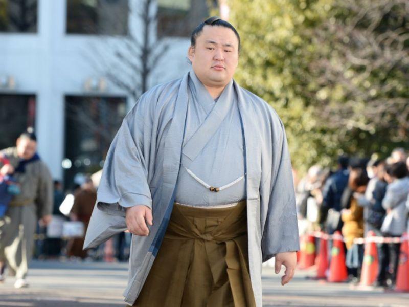Hatsu 2019, día 13 - Vuelco total al torneo