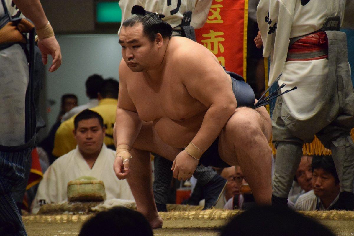 Natsu 2019, día 10 - Los líderes se mantienen firmes