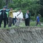 Wakil Bupati Asahan Tinjau Pembuatan Tanggul Jebol dan Normalisasi Sungai