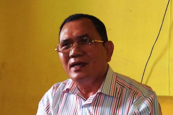 Ketua DPD II Golkar Dairi, KRA Johhny Sitohang Adinegoro. RUDY SITANGGANG/SUMUT POS