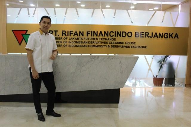 Ket Foto : CEO RFB, Teddy Prasetya