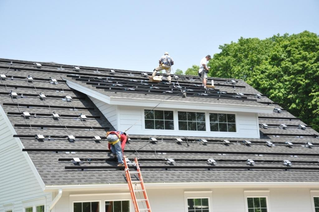Comercial-Solar-With-Micro-Inverters Installers Monroe, CT