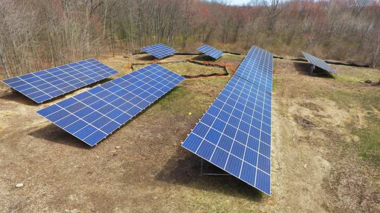 Commercial Solar 400 Panel Ground Mount Solar Panels in Bristol CT-Sun-Wind Solutions