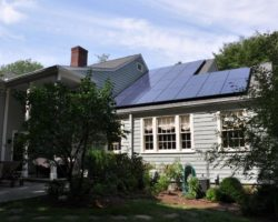 DSC_0755-Solar-Panels-On-Antique-Home