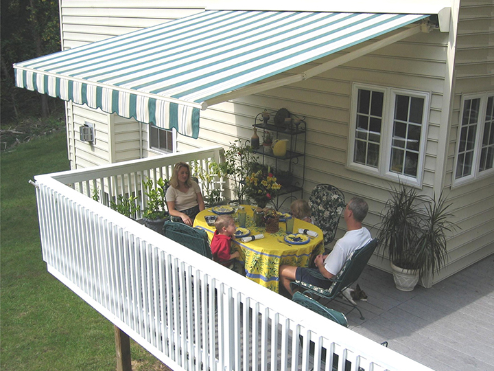 retractable patio deck awnings