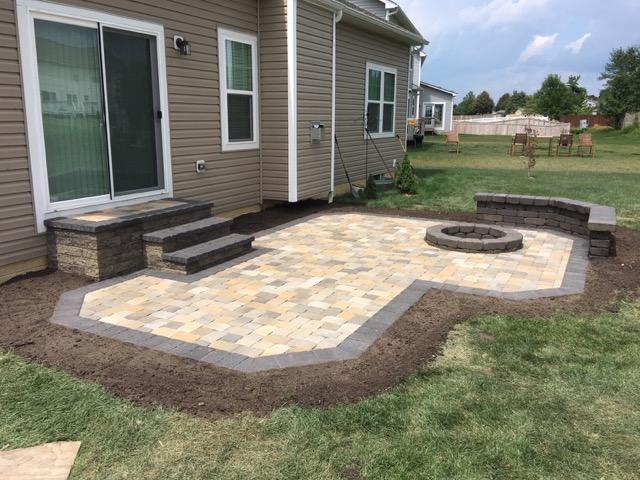 Paver Patios Columbus Ohio, Brick Pavers Patios, Patio ... on Backdoor Patio Ideas id=55280