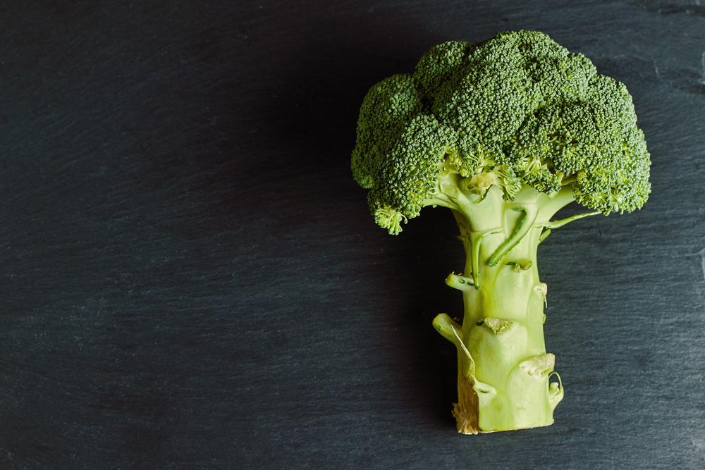 Forskere gør overraskende opdagelse: Magnesium, IKKE calcium, er nøglen til sunde knogler
