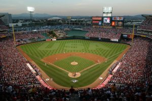 angel_stadium_of_anaheim_sundance_vacations