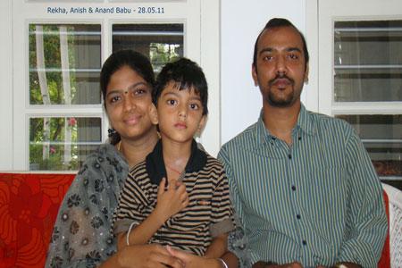 Sundara Mahal Vegetarian Homestay guests Rekha and family